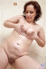 Sadie Com femmes mûres plus frais sur le Net avec Sadie Alena