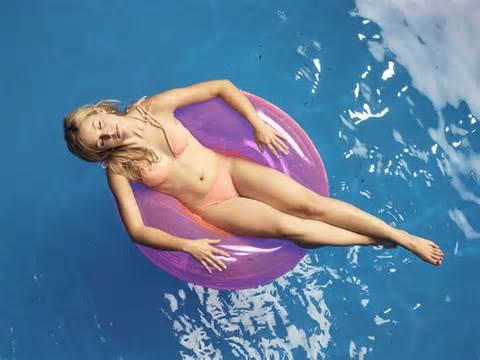 Kristen Bell posant nue Photos