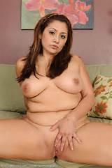 Maman Sexy Galerie de femme nue chaude nue Nude Indian Aunty Britannique
