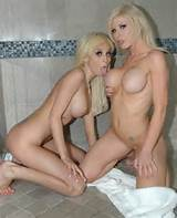 Sunlustxxx Com Morgan Layne Kenzie Marie lesbiennes douche 2014