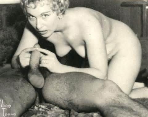 Granny squirting vs black dick